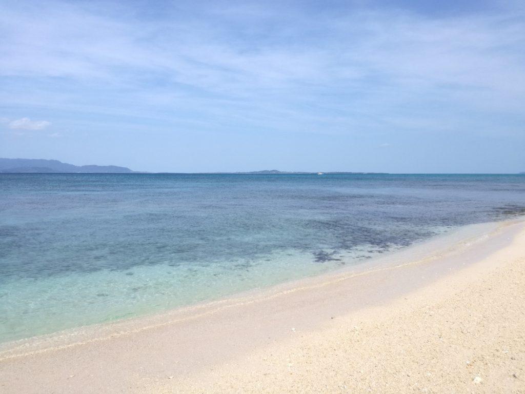 西の浜の浜辺