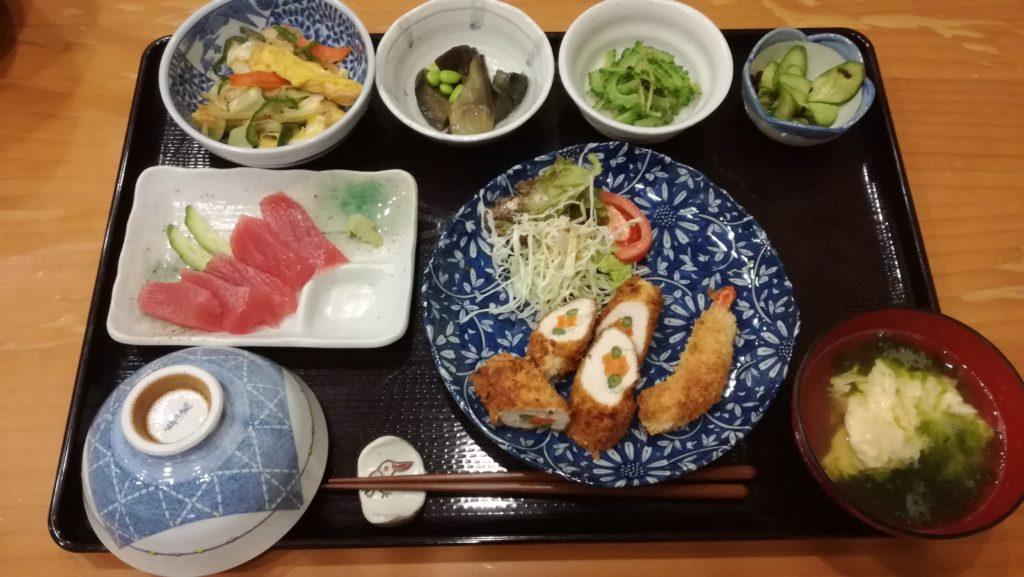 黒島なかた荘あるひの夕食